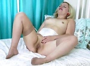 Big Tits;Masturbation;Blonde;Lingerie;Vintage;HD,Big Tits;Blonde;British;Fetish;Glamour;HD;High Heels;Lingerie;Masturbation;Solo Girl;Stockings;Striptease;Vaginal Masturbation;Vintage Blonde Anna Belle...