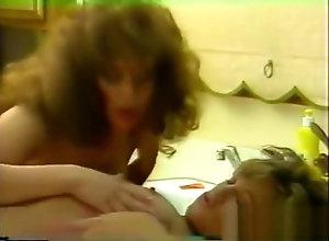 Lesbian,Brunette,Vintage,Classic,Retro,Virgin Virgin Heat -...