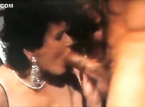 Vintage,Classic,Retro,Threesome,Gangbang,Mature Grannies_fucking_...