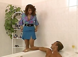 Blowjob;Mature;Lingerie;Vintage,Bathroom;Blowjob;Couple;Lingerie;Mature;Oral Sex;Pornstar;Stockings;Vintage Simona Valli in...