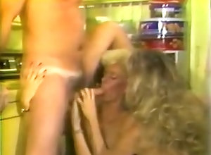 Blowjob;Cumshot;Group;Blonde;Vintage,Blonde;Blowjob;Cum Shot;Hairy;Oral Sex;Threesome;Vintage Lucky Chucky