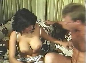 Blowjob;Cumshot;Latina;Vintage,Blowjob;Brunette;Couple;Cum Shot;Hairy;Latin;Oral Sex;Vintage Jacqueline Brooks...