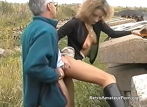 retroamateurporn;petite;retro;amateur;homemade;skinny;outdoor;blowjob;old;young;handjob;british;fruit;toys;boots;pussy;licking;car,Amateur;Brunette;Blowjob;Vintage;Small Tits;British;Pussy Licking;Old/Young Old grey haired...
