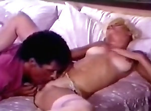 IR,Lesbian,Black,Candy Samples,Bridgette Monet,Lois Ayers,Heather Wayne,Mindy Rae,Billy Dee,David Cannon Bigger The Better 2