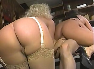 Tori Welles,Cheri Taylor,Lauren Brice,Brandy Alexandre,Kristy Leigh,Cherry Hill,Tom Byron,Jon Dough,John Stagliano,Eric Price Bend Over Babes