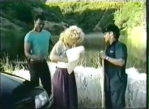 8::Solo Girl,74::Blonde,94::Caucasian,315::Vintage,327::Big Ass,809::Outdoor,15462::Natural Tits,66.66999816894531 Striptease de una...