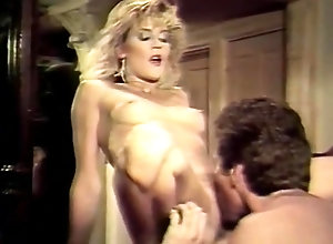 Facial,Ginger Lynn,Karen Summer,Dorothy Onan,Fawn Paris,Tom Byron,Eric Edwards,Robert Bolla,Blake Palmer,Sunny Glick Woman Who Loved Men
