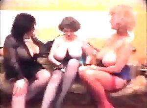 Lesbian,Vintage,Classic,Retro,Mature,Big Tits,Lesbian,Mature,Retro massive-breasted...