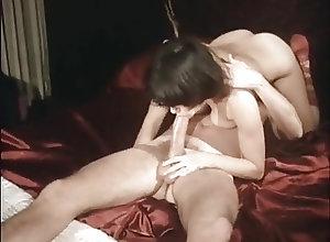 Blowjobs;Cumshots;Threesomes;Vintage Gator 200