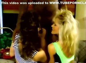 Brunette,Blond,Vintage,Classic,Retro,Threesome,Cumshot,wet Black And Wet -...