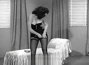 Vintage,Classic,Retro,Stockings,Striptease,MILF,Tease & Denial,Undressing,Vintage Blaze Starr...