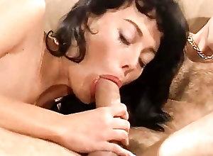 Blowjobs;Cumshots;Double Penetration;Threesomes;Vintage Gator 124