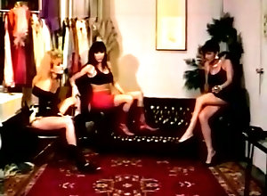 Vintage,Classic,Retro Where The Girls...