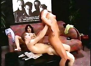 Blowjobs;Threesomes;Vintage Gator 6