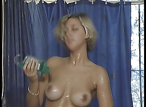 Blondes;Dildo;Retro wash those toys
