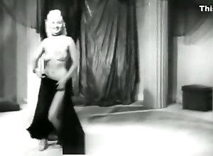 Vintage,Classic,Retro,Striptease,Bombshell Mae Blondell...