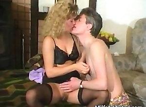 blonde,blowjob,hardcore,stockings,vintage Sexy blonde MILF...
