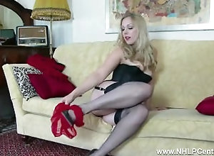 Big Tits;Blonde;Lingerie;Vintage;HD,Big Tits;Blonde;Fetish;Glamour;HD;High Heels;Lingerie;Masturbation;Office;Stockings;Striptease;Vaginal Masturbation;Vintage Blonde Aston...