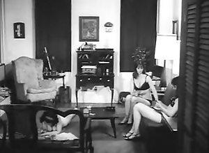 Softcore,Judy Adler,June Roberts,Darlene Bennett,Yolanda Moreno Sin Syndicate