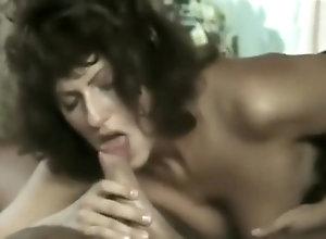 Facial,Anal,Brunette,Vintage,Classic,Retro,Blowjob,Cumshot,Italian,Anal,Facial,Simona Valli Simona Valli anal...