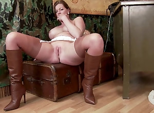 Brunette,Vintage,Classic,Retro,Big Tits,Stockings,MILF,Solo Female,Holly Kiss Holly Kiss - 01