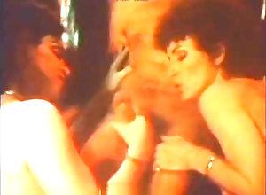 Anal,Double Penetration,Fisting,Vintage,Classic,Retro,Threesome,Hairy,Blowjob,Cumshot,Hardcore,herschel savage,savage,Beverly Rogers,Brenda Vargo,Brooke West,Dhaije Taan,Jon Martin,Sue Nero,Herschel Savage Eleven 11 (1980)...