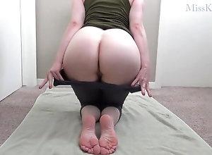 77::Redhead,320::Big Cock,805::MILF,7706::HD,15446::Yoga,57.14285659790039 Yoga Pants Cum...