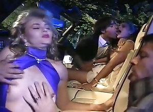 Vintage,Classic,Retro,Big Tits,Group Sex,Gangbang,Cumshot,Triple Penetration Zara Whites...
