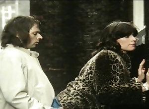Brunette,Vintage,Classic,Retro,Threesome,Hairy,Big Cock Schot In De Roos