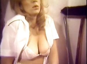 Vintage,Classic,Retro,Small Tits,Blowjob,Hardcore,Bathroom,Shower,Vintage Jeffrey Hurst...