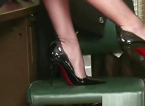 Brunette,Vintage,Classic,Retro,Lingerie,Big Tits,Stockings,Big Ass,British,Dark Hair,High Heels,Lingerie,Nylon,Phone,Retro,Secretary Brunette...