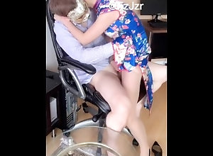asian;chinese,Blowjob;Creampie;Vintage;Threesome;Exclusive;Pussy Licking;Verified Amateurs;FMM;Vertical Video 人妻漂亮的�...