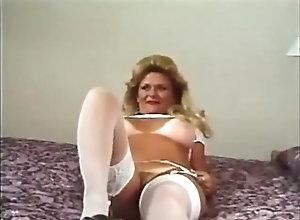 Masturbation,Vintage,Classic,Retro,Mature,MILF,Solo Female,Female Orgasm Dona Margarida