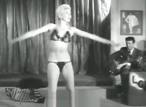 Vintage,Classic,Retro,Striptease,Mature,MILF,Blonde,Blonde,Bombshell,Undressing,Vintage Seductive Blonde...
