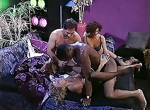 Blowjobs;Cumshots;Group Sex;Vintage Gator 135