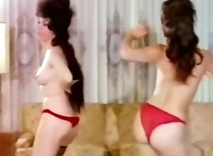Softcore,Brunette,Vintage,Classic,Retro,Striptease,Small Tits,cutie,Dancing,Housewife,Undressing,Vintage STRIPPING...