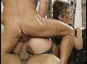 Cumshots;Fisting;Group Sex;Hardcore;Vintage Gator 151