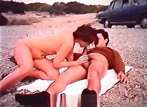 Vintage,Classic,Retro,Voyeur,Nipples,Greek,Hardcore,Married,on the beach,Outdoor Greek Couple...