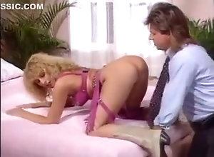 Blond,Vintage,Classic,Retro,Blowjob,Cumshot,Mature Best Butt In The...