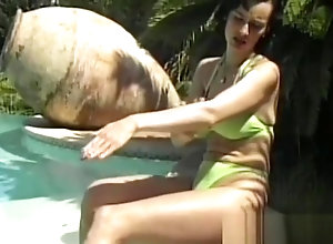 Lesbian,Vintage,Classic,Retro,Big Tits,Fingering,Cunnilingus,Outdoor,Lesbian,Muscled,Outdoor Muscles lesbians...