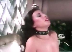 Vintage,Classic,Retro,Bitch,Loni Sanders,Mike Ranger Beverly Hills Bitch