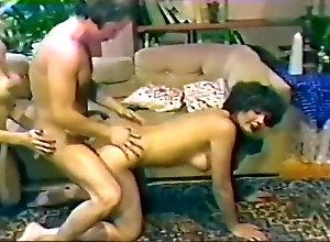 Facial,Vintage,Classic,Retro,Threesome,Big Tits,Hairy,MILF Desiree Cousteau...
