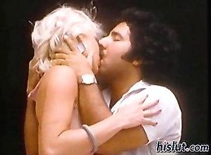 blonde,blowjob,hardcore,outdoors,vintage Ron Jeremy picks...