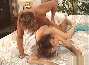 Brunette,Vintage,Classic,Retro,MILF,Dark Hair,Goddess,wild Horny porn video...