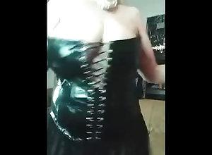 vinyl-pvc-latex;pvc-dress;high-heels-stockings;retro-porn;british-dirty-talk;english-cougar;onlyfans;big-dildo;shaven-pussy;big-labia-lips;painted-nails;horny-milf,Big Ass;Big Tits;Fetish;Masturbation;Toys;Mature;Exclusive;Verified Models;Solo Female Annabel big tits...